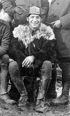 WW1, 1916. An early Tank crew image, Somme. -Stephen Chambers (@SteveJChambers)…