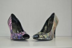We can custom dip your Wedding Day Heels!! Muddy Girl and Green Camo shown. You can choose any color camo and pattern! www.allthingsdipped.com 772-232-8156 Ship us your shoes and we will ship back Wedding Day Camo Heels.