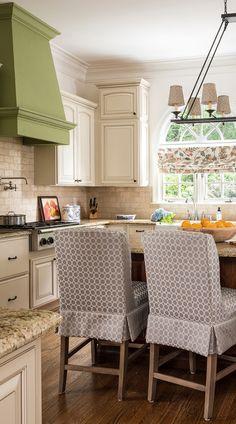 Antiqued ivory beige color travertine tile for kitchen backsplash projects. Cream Colored Kitchen Cabinets, Cream Kitchen Tiles, Beige Kitchen, Beige Cabinets, Green Cabinets, Travertine Tile Backsplash, Kitchen Backsplash, Granite Countertop, Subway Backsplash