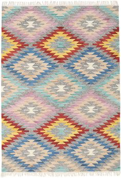 This carpet is woven mainly in Dhurrie in India, but also in other places in the country. It is an Indian kelim weaving made of wool. Carpets, Modern, Bohemian Rug, Weaving, Notes, Beige, Wool, Blanket, Rugs