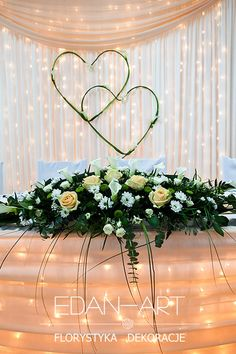 Dekoracje weselne Edan-Art, Kwiaty do ślubu warmińsko-mazurskie.Gardenia Olsztyn  #wesele #slub Wedding Photo Table, Head Table Wedding, Wedding Set Up, Wedding Goals, Floral Wedding, Rustic Wedding, Wedding Flowers, Dream Wedding, Church Wedding Decorations