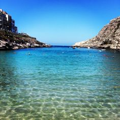 Infinity sea at Xlendi bay - Gozo