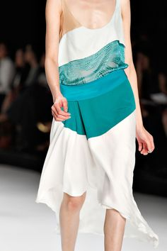 Love the color combo- fresh take on color blocking.  Narciso Rodriguez  Spring 2012