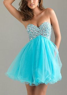 Shop short prom dresses and short formal gowns at PromGirl. Short prom dresses, formal short dresses, semi-formal short dresses, short party dresses for prom, and short dresses for prom Strapless Homecoming Dresses, Grad Dresses, Prom Dresses Blue, Dance Dresses, Pretty Dresses, Strapless Dress Formal, Beautiful Dresses, Formal Dresses, Dress Prom