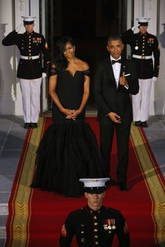 Obamas China State Dinner for President Xi Xinpin and wife. Dress by Vera Wang. And that hair is on point.