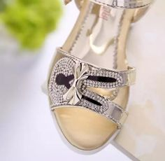 953e1b077786 Haochengjiade Niñas Sandalias Niñas verano 2018 nuevo arco suave niños  Zapatos para Niñas la princesa Fish