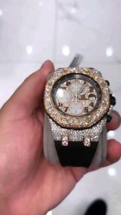 Diamond Grillz, Gold Diamond Watches, Unusual Jewelry, Luxury Watches For Men, Cheap Watches, Watch Brands, Vintage Watches, Luxury Jewelry, Fashion Watches