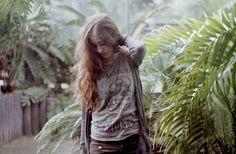I N   C A S A for Organiconcrete, a personal story by Giulia Bersani & Janine Mizéra  on Behance   Photography   Photo   Fotografia   Woman   Girl   Hair  