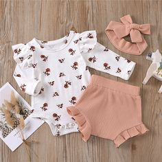 Newborn Girl Outfits, Cute Baby Girl Outfits, Baby Girl Newborn, Kids Outfits, Baby Girl Pants, Baby Girl Romper, Baby Girl Gear, Baby Girl Items, Family Outfits