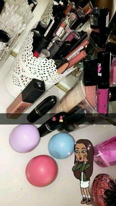 Pin by Persis Simon on Makeup storage Makeup Goals, Makeup Kit, Beauty Makeup, Eye Makeup, Snapchat Makeup, Catty Noir, Snapchat Picture, Creative Instagram Stories, Fake Photo