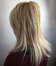 Medium+Blonde+Layered+Hairstyle