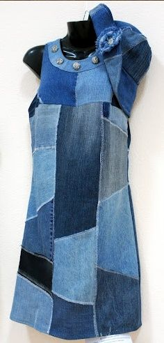 Revise denim, summer dress Source by robinsongmbh Denim Maxi, Jeans Denim, Old Jeans, Denim Outfit, Sewing Clothes, Diy Clothes, Clothes For Women, Jeans Recycling, Denim Fashion