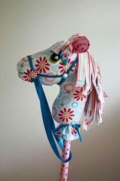 ideas for mouth and stick Sewing Crafts, Sewing Projects, Horse Birthday Parties, Stick Horses, Cowgirl Party, Horse Pattern, Hobby Horse, Horse Crafts, Pony Party