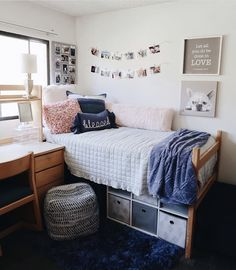 dorm room ideas & dorm room ideas & dorm room & dorm room designs & dorm room ideas for guys & dorm room organization & dorm room decor & dorm room hacks & dorm room ideas organization College Bedroom Decor, Cool Dorm Rooms, College Dorm Rooms, College Dorm Decorations, College Dorm Storage, Apartment Ideas College, College Dorm Bedding, Uni Dorm, College Dorm Stuff
