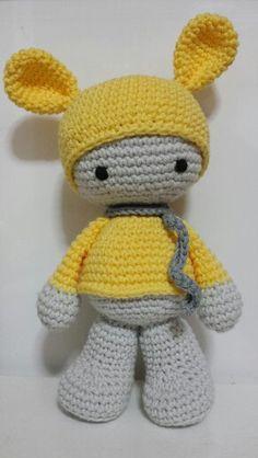 Para las que nos gusta el amarillo.Para niña o niño.Que bonito!!