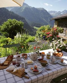 Results for quiz what aesthetic are you? Nature Aesthetic, Summer Aesthetic, Aesthetic Fashion, Travel Aesthetic, Cottage In The Woods, Cottage Style, Northern Italy, Dream Life, Future House
