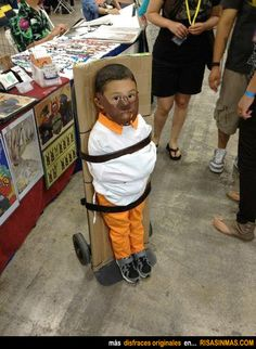 Hilarious kid's costume-- Hannibal Lecter