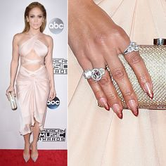 Have you discovered your nails lack of some popular nail art? Yes, recently, many girls personalize their nails with lovely … Heart Nail Designs, Nail Designs Spring, Cute Nail Designs, Trendy Nail Art, Stylish Nails, Jennifer Lopez, Red Carpet Nails, Matte Nails Glitter, J Lo Fashion