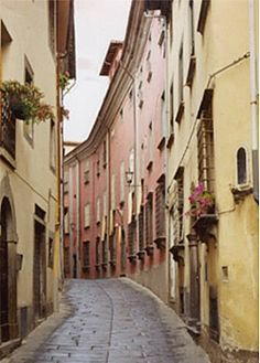 Barga Lucca Italy   Holiday Apartment in Barga, Lucca Province, Tuscany, Italy IT10973