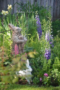"Bernideen's Tea Time Blog: NATALIE'S BIRDHOUSE for ""Tea In The Garden"""