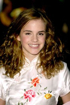 The actress who became known as Hermione Granger in the Harry Potter saga grew up well. Emma Watson Linda, Style Emma Watson, Emma Watson Belle, Emma Watson Beautiful, Emma Watson Sexiest, Daniel Radcliffe Emma Watson, Hermione Granger, Emma Watson Feminism, Laura Carmichael
