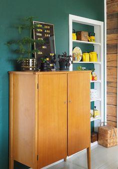 Interior Decorating, Interior Design, Locker Storage, Retro Vintage, Nostalgia, Sweet Home, Walls, Dreams, Flat