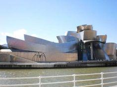 Profesores de arte holandeses visitan Bilbao para conocer sus proyectos artísticos y culturales