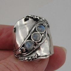 Hadar  Jewelry Handcraffted Sterling Silver Moonstone Ring 8.5 (H 1913) Y
