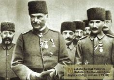 General Liman Sanders and Mustafa Kemal Paşa, Turkish Soldiers, Turkish Army, Gallipoli Campaign, The Legend Of Heroes, The Turk, Ottoman Turks, Cultural Identity, Military Personnel, Ottoman Empire