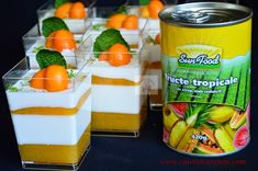 Panna cotta cu jeleu de fructe tropicale - CAIETUL CU RETETE Trifle, Tiramisu, Mousse, Panna Cotta, Pudding, Desserts, Food, Candy, Bar