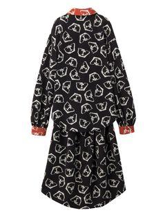 PAMEO POSE(パメオポーズ)のドレス、THREE GODS PATTERN DRESSの商品詳細情報。PAMEO POSE(パメオポーズ)公式ファッション通販【ランウェイチャンネル】。 公式通販ならではの充実商品。