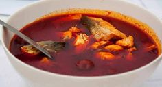 Here are 3 different recipes for Halászlé Hungarian Fishermans soup which is a hot, spicy paprika-based river fish soup, originating from Hungarian cuisine and is famous for being very hot and spicy which you can adjust to taste. Hungarian Cuisine, Hungarian Recipes, Seafood Recipes, Soup Recipes, Recipies, Healthy Recipes, Fish Soup, Food 101, Dinner Recipes Easy Quick
