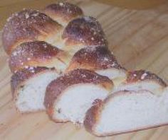 Swedish Sweet Cardamom Yeasted Bread Recipe: Sweet Yeasted Bread (Vetebröd)