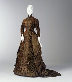 Day dress, womens, corded silk / cut velvet / silk satin, maker unknown, England, c. 1885
