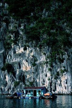 halong bay river houses