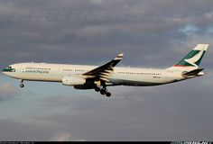 Cathay-Pacific-Airways/Airbus-A330-343/2267204/L/