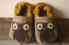 3 to 9 months Owl Soft Soled Leather Shoes by starryknightdesign, $20.00...NEED