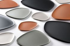 Namastè is a set of three dishes designed by Jean-Marie Massaud for Kartell. Namastè is a set of three dishes designed by Jean-Marie Massaud for Kartell. Organic shapes to giv Ceramic Tableware, Ceramic Pottery, Kitchenware, Assiette Design, Namaste, Teller Set, Keramik Design, Id Design, Form Design
