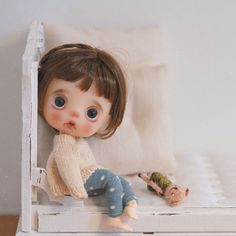 Cute Baby Dolls, Cute Baby Cats, Cute Babies, Cute Baby Drawings, Anime Girl Drawings, Tiny Dolls, Blythe Dolls, Black And White Ribbon, Cartoon Characters