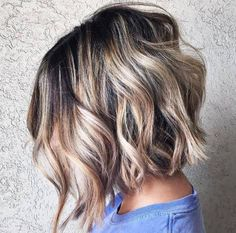 70 Fabulous Choppy Bob Hairstyles Choppy Angled Bob with Messy Waves Textured Bob Hairstyles, Choppy Bob Hairstyles, Cool Hairstyles, Short Summer Hairstyles, Angled Bob Haircuts, Pixie Haircuts, Layered Haircuts, Celebrity Hairstyles, Hairdos