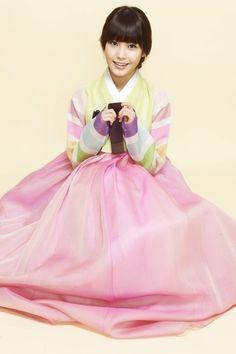IU Hallyu Star, Bae Suzy, Korean Traditional, Korean Singer, Kpop Girls, Snow White, Actresses, Disney Princess, Disney Characters
