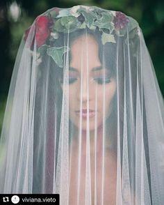 En #denoviaanoviacr podes esncontrar los accesorios de #novia perfectos para tu…