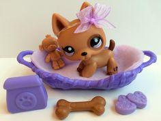 Littlest Pet Shop RARE Chocolate German Shepherd #1191 w/Dog Bed & Accessories #Hasbro