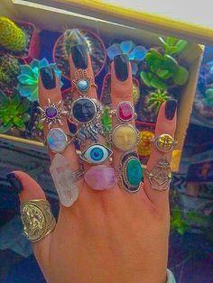 Hippie Jewelry, Cute Jewelry, Jewelry Accessories, Jewlery, Hippie Accessories, Funky Jewelry, Chanel Jewelry, Men's Jewelry, Vintage Jewelry