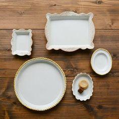 ほっこりかわいい益子焼「よしざわ窯」が手がける生活陶器「on the table」の素敵な器たち | キナリノ Food Menu, Kitchen Gadgets, Barware, Tray, Pottery, House Design, Ceramics, Dishes, Design Ideas