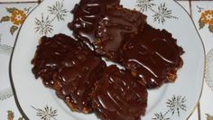 Sněhové tyčinky – RECETIMA Crinkles, Christmas Cookies, Meat, Food, Author, Xmas Cookies, Christmas Crack, Christmas Biscuits, Meals