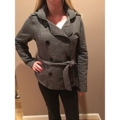 Guess Gray Pea Coat Guess Gray Pea Coats!!! Great for fall or early winter. Removable hood and draw string. Black buttons and deep pockets. Woven material and very warm. Only worn a few times, in perfect condition‼️ make an offer!! Guess Jackets & Coats Pea Coats