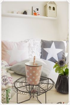 lille sted Sweet Cupcakes, Modern Cottage, Decoration, Sweet Home, Throw Pillows, Cath Kidston, Nice Things, Gate, Google