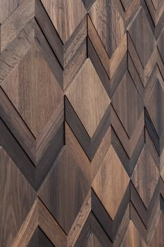 Wonderwall Studios is a creative studio that designs and produces wooden panelling for walls and surfaces. Wooden Wall Design, Wall Panel Design, Wooden Wall Panels, Wall Decor Design, Wooden Walls, Ceiling Design, Door Design, Wood Wall Art, Timber Walls