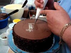 Piping Perfect Lettering on Cakes (Block & Script) | Buttercream Tutorial with Lauren Bozich - YouTube